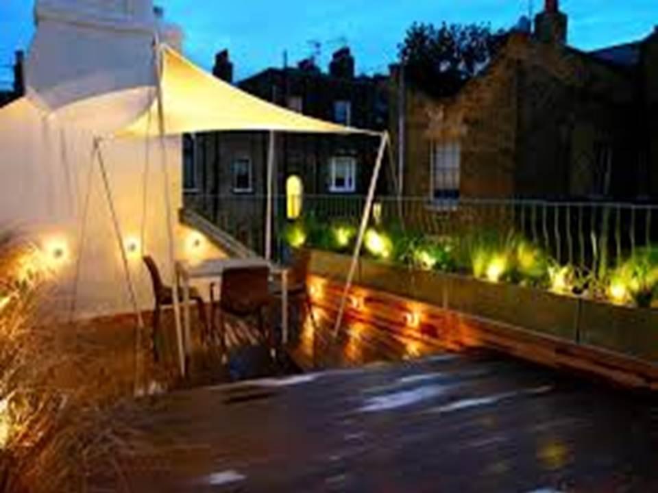 Jardin y terrazas con velas